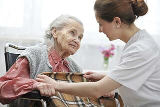 Life-Expectancy-Compression-impact-of-moving-into-long-term-care-facility-on-length-of-life-618x412-1.jpg