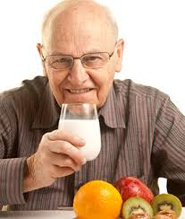img-elderly-eating.jpe
